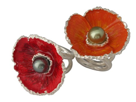 2 poppy rings no.5 in silver with varnished in red and orange, tahitian pearl